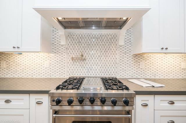 Marble Diamond Back Splash