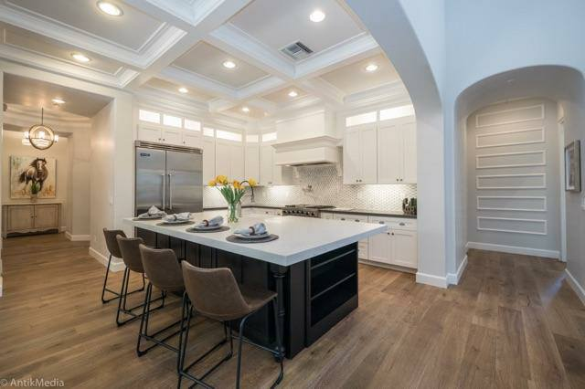 White Shaker Cabinets and Grey Quartz Countertop